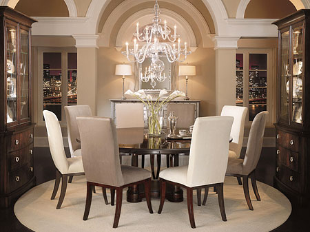 Mesa y sillas de comedor armon a y proporciones - Estilos de sillas antiguas ...