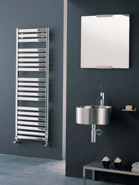 Radiadores toalleros calefacci n elegante y funcional for Toallero cromado para bano