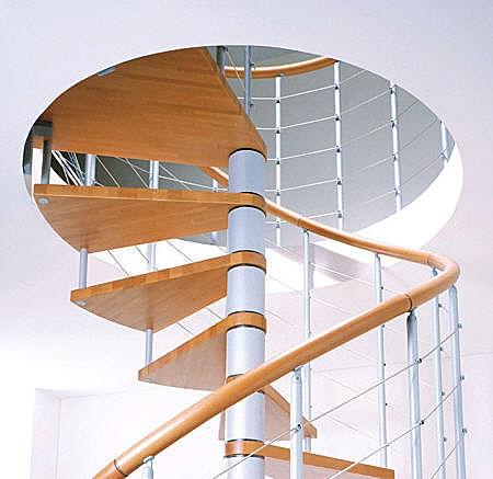 Escaleras para espacios peque os - Como subir muebles por escalera caracol ...