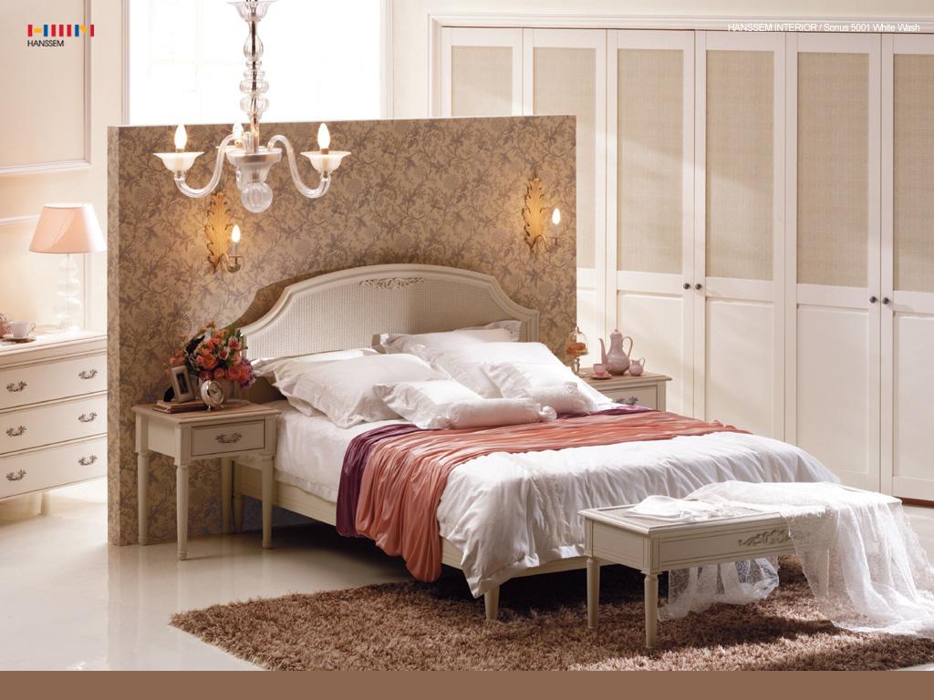 Красивые спальни. дизайн спальни классика.
