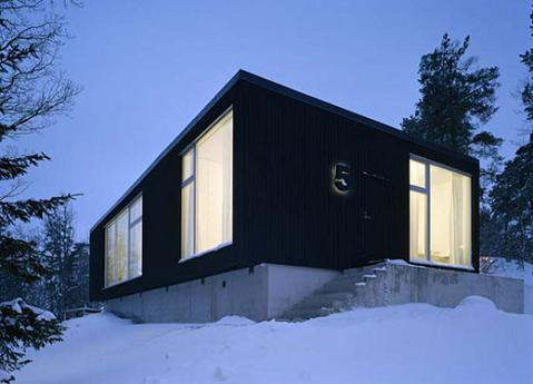 Casa minimalista sueca for Casa minimalista rectangular