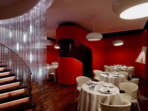Decoraci n de lujo para un restaurante for Decoracion de pared para restaurante