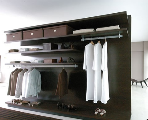 Pin closets empotrados a la pared para dormitorios en for Closet de madera para dormitorios