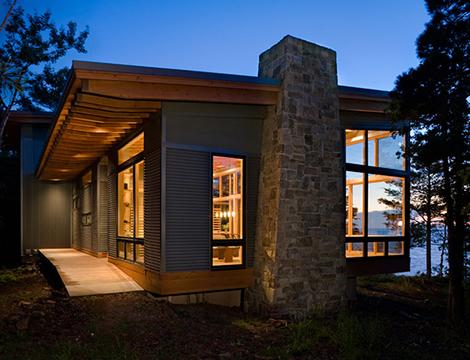 Casa preciosa junto al lago m chigan for Comprare casa al lago