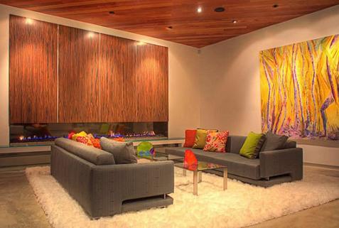 Casa de lujo con colores llamativos for Interiores casas de lujo