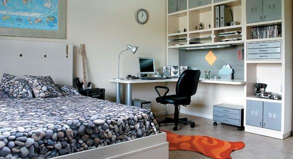 la silla del escritorio es un recurso fundamental que debe ser ergonmica para poder estudiar con comodidad