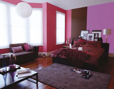 Color violeta en la decoraci n tonos lilas o morados for Paredes moradas decoradas