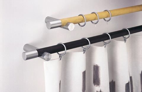 Elegir los soportes para colocar una cortina for Ganchos para rieles
