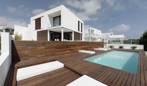 Casa minimalista en menorca for Ways to cut cost when building a house