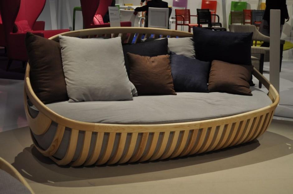 Elegante sof de madera for Sofa terraza madera