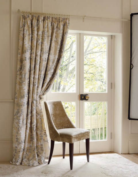 Cortinas de dise o por laura ashley for Telas cortinas salon diseno