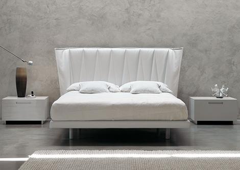 Cama blanca moderna for Cama blanca