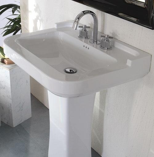 Muebles De Baño Estilo Neoclasico:Cuarto de baño de estilo neoclásico por Disegno Ceramica