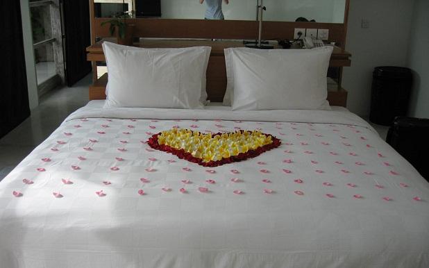 Cama romántica para San Valentín