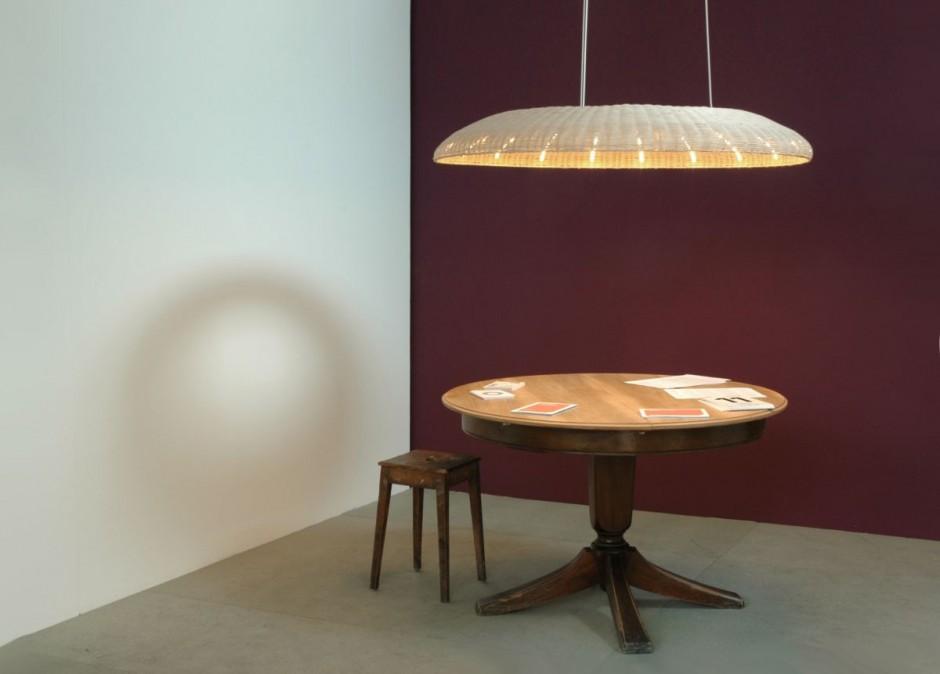 Aura lamp una l mpara elegante y tradicional - Lampara ikea mimbre ...