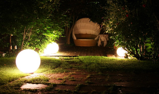 Iluminaci n para el jard n - Iluminacion de jardin ...