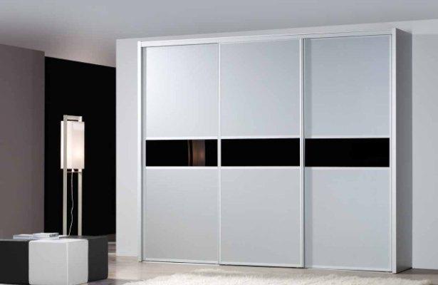 Forrar el interior de un armario for Papel para forrar armarios empotrados
