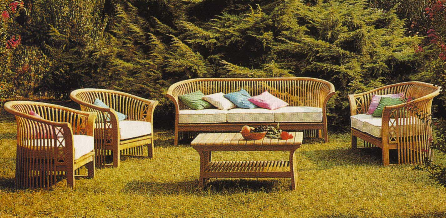 Muebles de exterior de casa viva for Fabrica de muebles para exterior