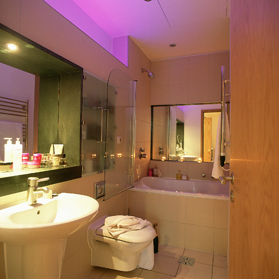 Baños Modernos Iluminacion:Space-Saving Bathroom Ideas