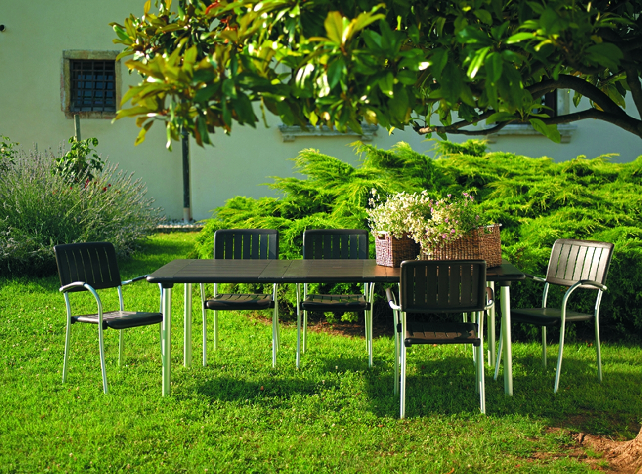 Decorablog revista de decoraci n for Guijarros de colores para el jardin