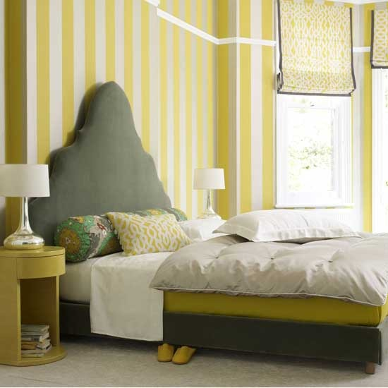 striped-bedroom