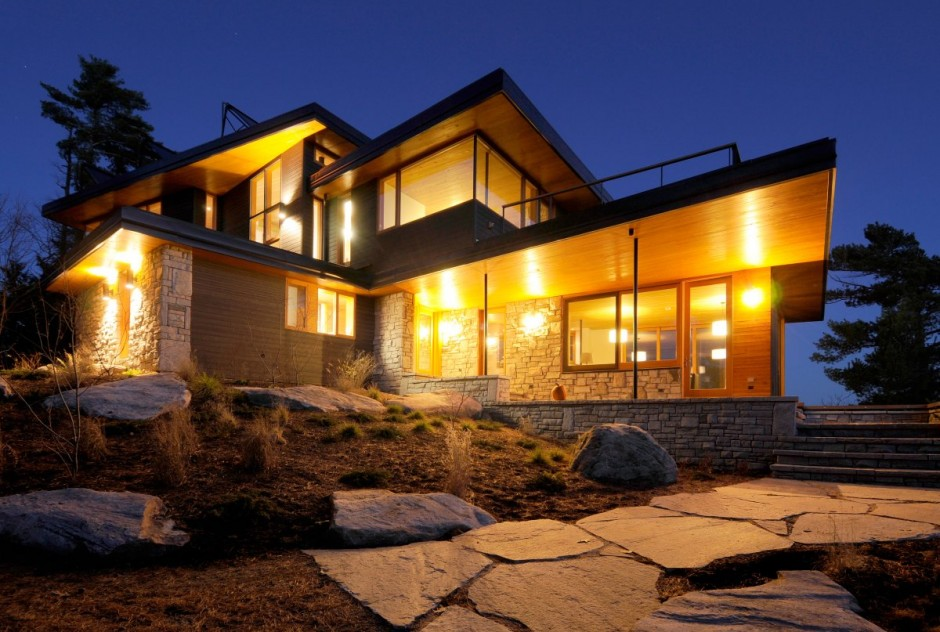 Casa moderna junto a un lago en canad for Style at home canada