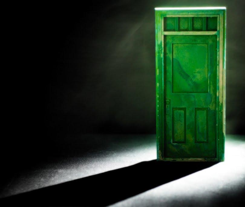 Puertas de color verde - Como pintar puertas de sapeli ...