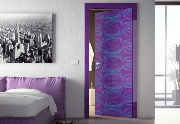 Pintar puertas de color violeta for Colores para pintar puertas de interior