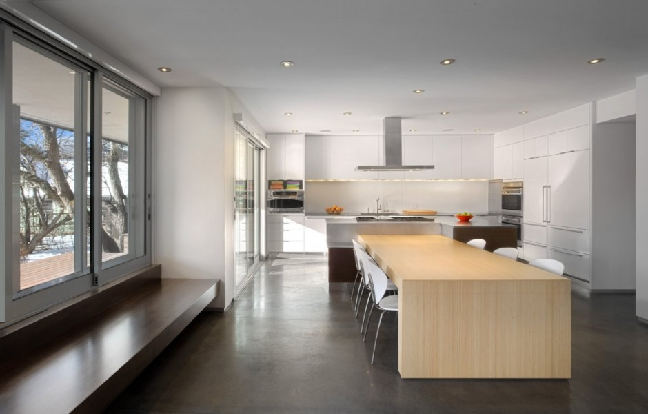 Ideas para decorar el interior de una casa con puntos de color - Simple modern house architecture with minimalist rectangular design ...