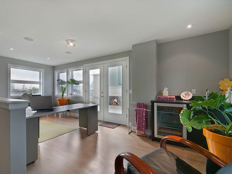 Casa ultra moderna a la venta12 for Planimetrie della casa ultra moderna