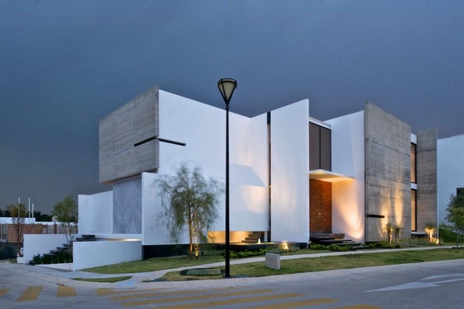 Arquitectura de moda for Classic house facade design