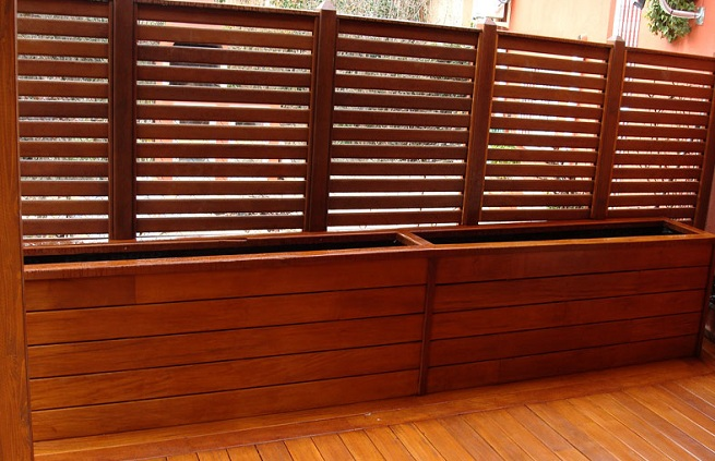 Celos as para terrazas o jardines for Celosia de madera para jardin