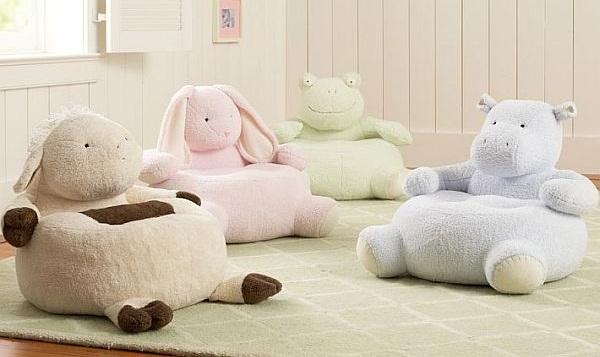 Peluches que sirven de silla for Dormitorios juveniles hipopotamo