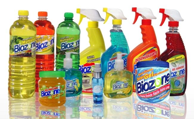 Consejos para guardar los productos de limpieza for Productos limpieza cocina