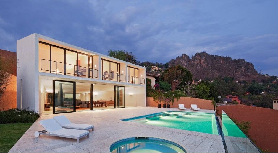 Casa con piscina en m xico for Casas de lujo con jardin y piscina