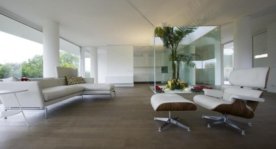 Casa de lujo en italia for Lujo interiores minimalistas