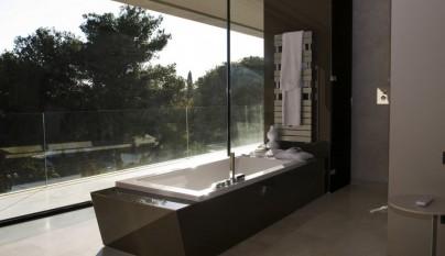 Casa unifamiliar en marbella por a cero for Casa de lujo minimalista y espectacular con piscina por a cero