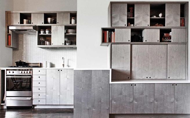 Una cocina moderna sin pomos en las puertas for Puertas de cocina modernas