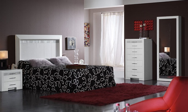 Decorar un dormitorio de color gris for Cuarto gris con blanco