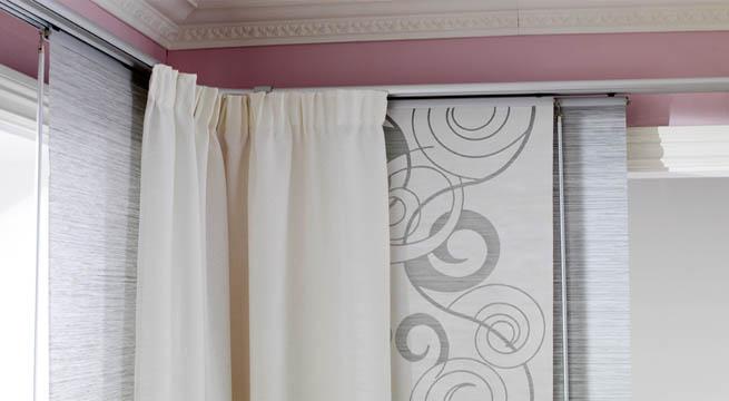 Cortinas con paneles japoneses for Como poner ganchos de cortinas