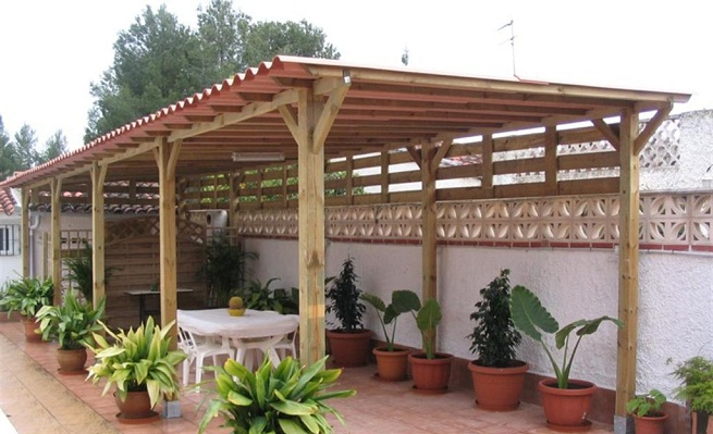 Tipos de techos para la terraza for Techos de casa economicos