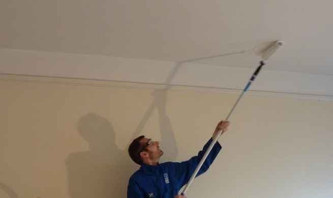 Ideas Para Decorar El Techo Del Baño:Preparar el techo antes de pintarlo