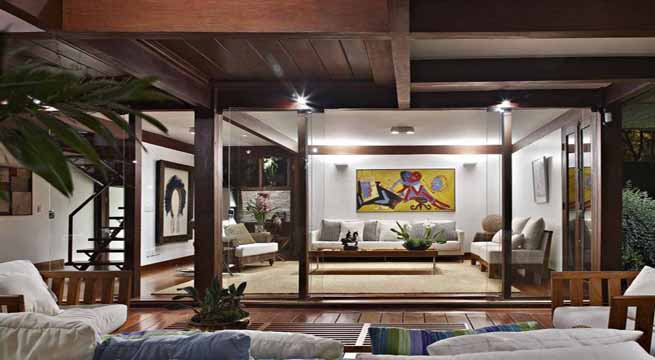 Decoraci n con techos de madera for Colores para techos de madera