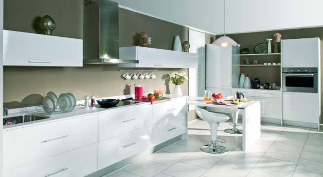 Cuatro cocinas muy pr cticas for Muebles cocina conforama