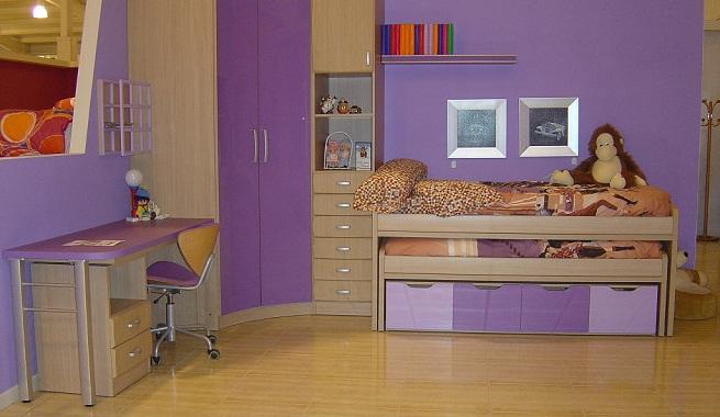 Decorar una habitaci n de color morado for Colores para pintar una habitacion