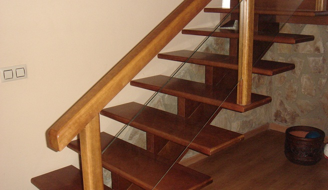 construir una escalera de madera
