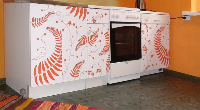 Ideas divertidas con stickers for Vinilos para muebles ikea