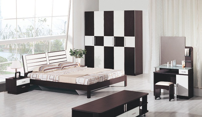 Decorar un dormitorio en blanco y negro for Color de pared para muebles blancos