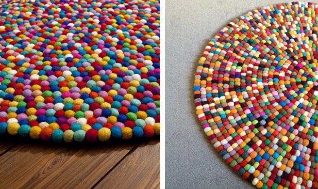 Alfombra de bolas de fieltro for Alfombra colores