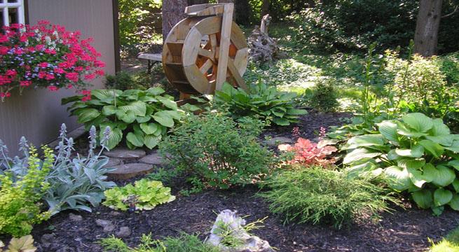 Decoraci n de peque os jardines imagui - Adornos para jardines pequenos ...